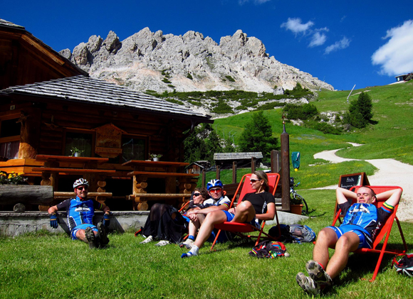 afterhero_dantercepies_ride_sellaronda_hero_20